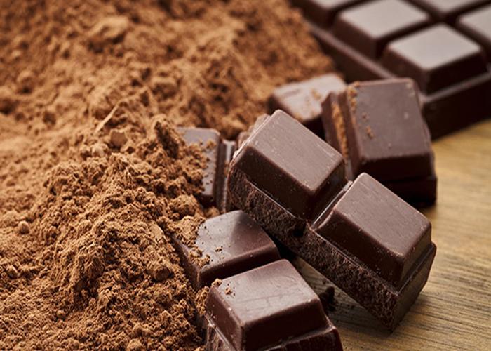 Hàm lượng cao chất chống oxy hóa flavonoid trong sô cô la đen giúp tăng tính đàn hồi của các động mạch và tĩnh mạch trong cơ thể